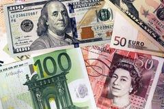 Blandning av valutasedlar - dollar, pund, euro pengar Arkivfoto