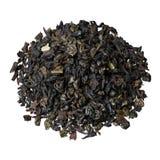 Blandning-blad det svarta teet från Ceylon och Kina, med tillägget av stycken och jordgubbesidor royaltyfri bild
