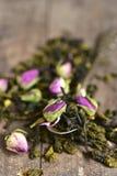 Blandningen av teet med steg Royaltyfria Foton