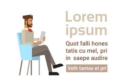 Blandningloppaffärsmannen Sitting Office Desk applicerar Job Wait Interview, kandidat för affärsman vektor illustrationer