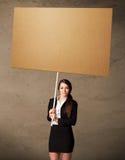 blank affärskvinnapapp arkivfoto
