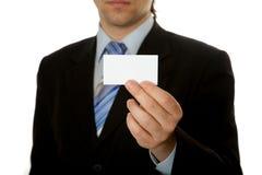 blank affärsmankortholding Royaltyfri Bild