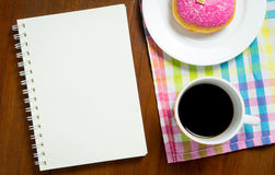 Blank book on cafe table with coffee Royalty Free Stock Photos