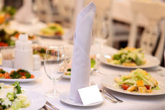 Blank event Guest Card on restaurant table Royalty Free Stock Photography
