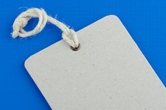 blank info-etikettprodukt arkivfoto