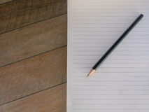 Blank lined notepad with pencil Royalty Free Stock Images