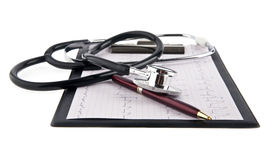 Blank medical clipboard with stethoscope Royalty Free Stock Photos