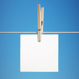 Blank Note on Clothespin with Clipping Path Royalty Free Stock Images