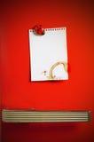 Blank note on fifties fridge door. Copyspace for message Stock Photos
