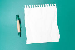 Blank note paper crumpled with pen Royalty Free Stock Photos