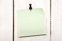 Blank note paper with pin Royalty Free Stock Photo