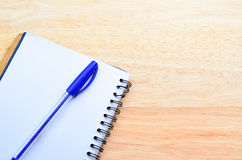 Blank notepad with pen Royalty Free Stock Photo