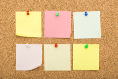 Blank notes on cork board Royalty Free Stock Photos
