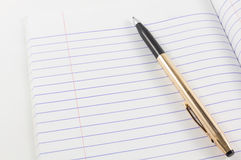 Blank paper note and pen Royalty Free Stock Images
