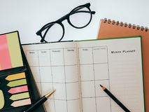 Blank planning notebook and pen on desk use us organizer schedule life or business planner concept Stock Photo