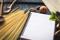 The blank recipe book with italian spaghetti Stock Images