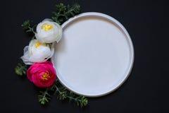 blank Rosas cor-de-rosa escuras foto de stock