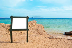 A blank sign on the beach Royalty Free Stock Photography