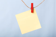 Blank Sticky Note Hanging On Line Royalty Free Stock Images