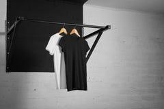 Blank t-shirts presentation Royalty Free Stock Photography