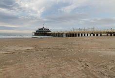 Blankenberge strand och pir Arkivfoton