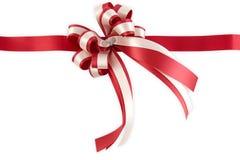 blankt rött band för bow Royaltyfri Bild