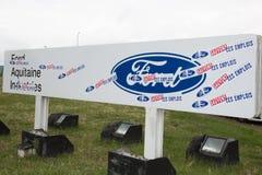 Blanquefort Μπορντώ, Aquitaine/Γαλλία - 06 14 2018: Η διαχείριση παραγωγής κιβωτίων ταχυτήτων αυτοκινήτων εργοστασίων της Ford αν στοκ φωτογραφίες