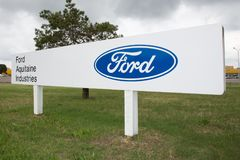 Blanquefort Μπορντώ, Aquitaine/Γαλλία - 06 14 2018: Η παραγωγή Blanquefort κιβωτίων ταχυτήτων αυτοκινήτων εργοστασίων της Ford αν στοκ εικόνα με δικαίωμα ελεύθερης χρήσης
