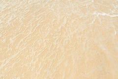 Blasen von den Meereswellen Lizenzfreie Stockbilder