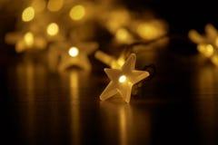 Blask światła z festively iluminującym lekkim łańcuchem Obrazy Stock