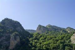 Blasten av kullarna i den Chegem klyftan, Kaukasus, Ryssland Arkivfoto