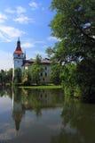 Blatna水城堡 库存图片