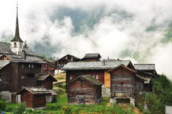 Blatten :瑞士高山村庄 Naters瓦雷兹,瑞士 免版税库存图片