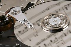 Blattmusik und eine Festplatte Lizenzfreies Stockbild