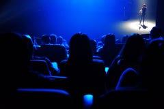 Blau der Hintergrundbeleuchtung Stockfotografie
