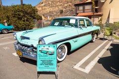 Blau DeSoto 1955 Coronado Lizenzfreie Stockbilder