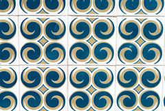 Blau, gelb, kopierte Weiß portugiesische Fliesen Stockbilder