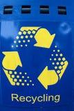 Blau und Gelb bereiten Zeichen auf Stockfotografie
