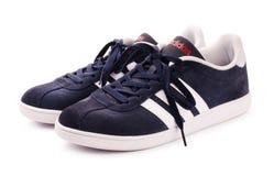 Blaue Adidas-Turnschuhe für das Laufen Stockbild