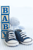 Blaue Babyschuhe Lizenzfreies Stockfoto