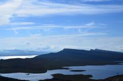 Blaue Bearreraig-Bucht-Ansichten stockfotografie