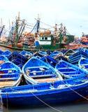 Blaue Boote von Essaouira, Marokko Lizenzfreie Stockfotos