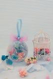 Blaue dekorative Kugel Lizenzfreies Stockfoto