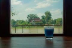 Blaue Duft-Kerzen lizenzfreie stockfotografie