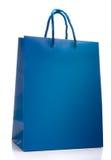 Blaue Einkaufstasche getrennt Stockbilder