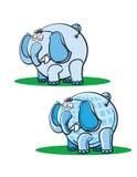 Blaue Elefanten auf dem Gras Stockfotografie