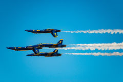 Blaue Engels-Flug-Demonstration Stockfotos