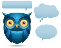 Blaue Eulen- und Gesprächsluftblase lizenzfreie abbildung