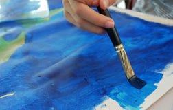 Blaue Farbe der Kindermalerei auf Segeltuch vektor abbildung