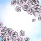 Blaue Feiertagskarte mit Ecken von gezogenen rosa Rosen Lizenzfreies Stockbild